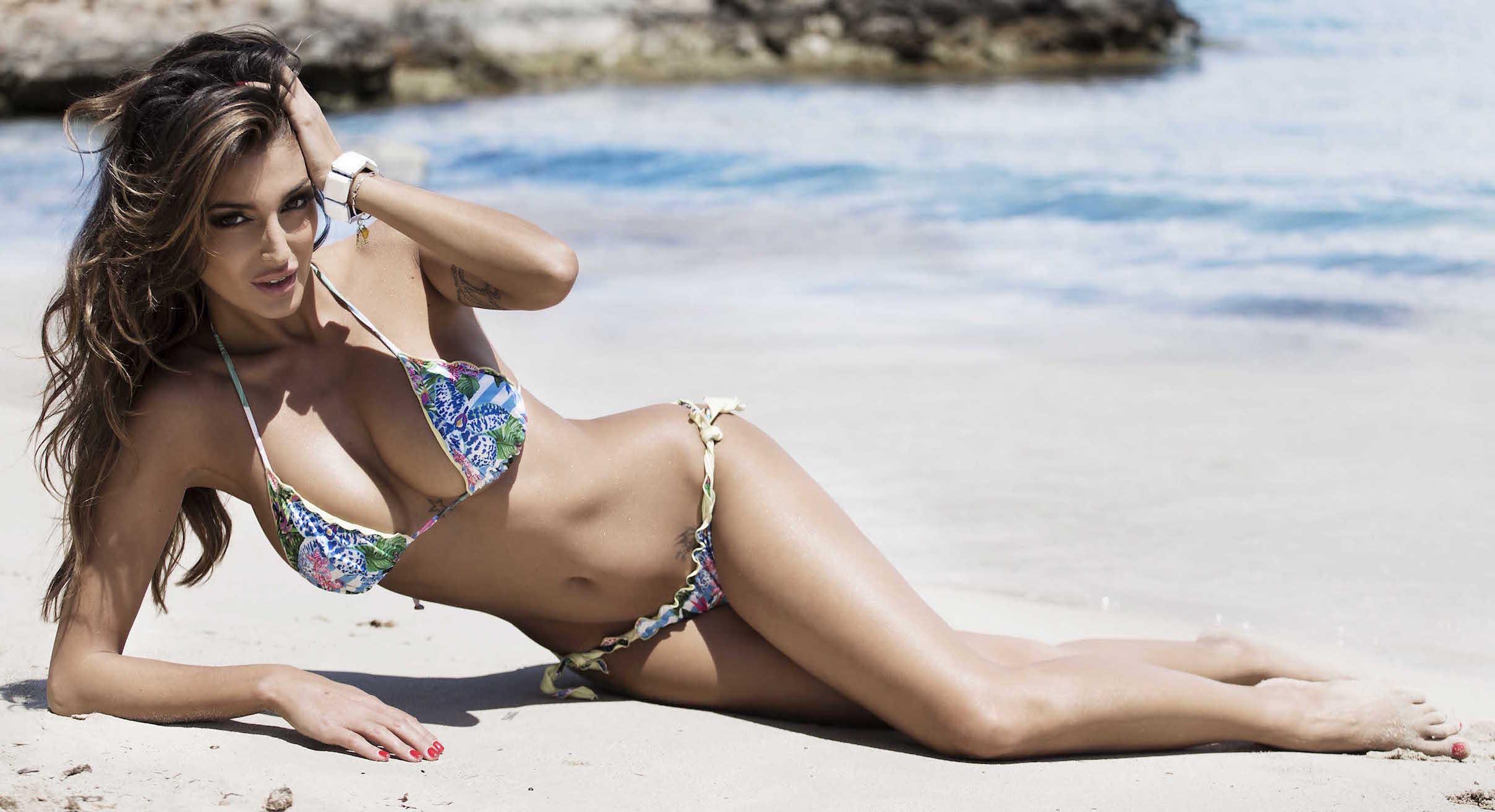 una cristina buccino ancora sexy in bikini   bollicine vip