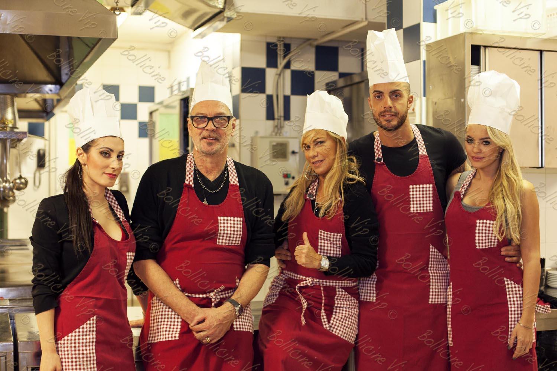 oltre a godersi la montagna i vip hanno potuto anche sfidarsi ai fornelli durante la prima gara di cucina organizzato del mensile eva cucina