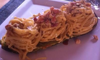 carbonara con letto di zucchine