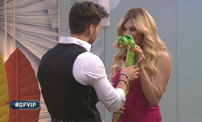 Ivan Gonzalez e Paola Caruso, scontro