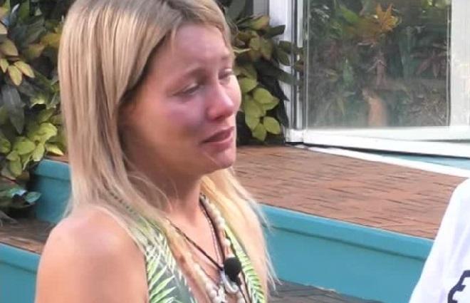 Flavia Vento piange al GF VIP