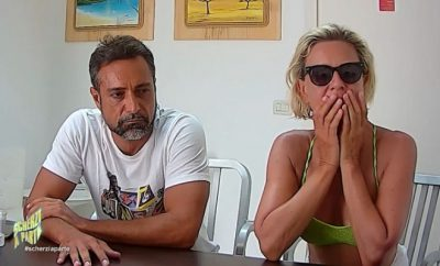 Antonella Elia e Pietro Delle Piane scherzo
