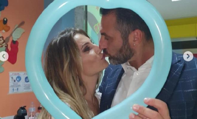 Sossio Aruta e Ursula Bennardo bacio